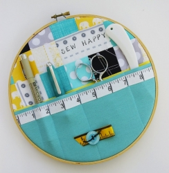 duringquiettime_embroidery_hoop_wall_pocket